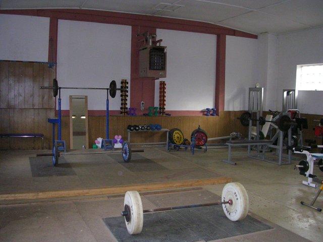 Gewichtheben-Halle-1